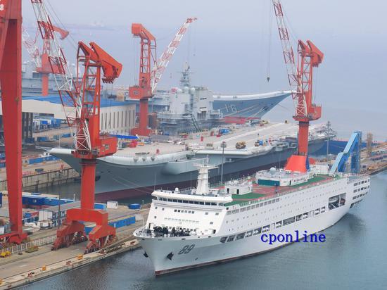 港媒点评中国国产航母进步 机库
