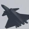 歼-20飞行展示指挥员:歼-20换装国产发动机首次亮相