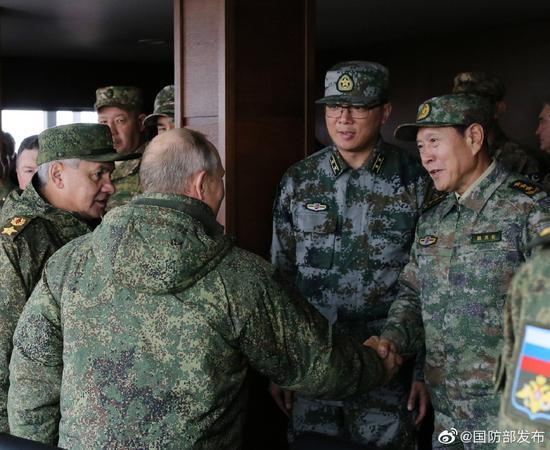 魏凤和赴俄与普京观摩俄军战略演习 中方派重兵参演