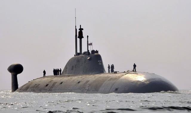 """945型""""阿库拉""""级核潜艇"""