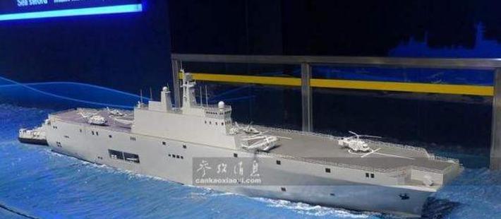 """沪东造船厂开建一艘""""小航母"""" 实力先进不亚于辽宁舰"""