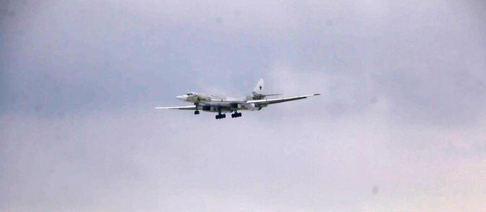 """图-160M2首飞!换装新款""""心脏"""" 升级改造还在继续"""