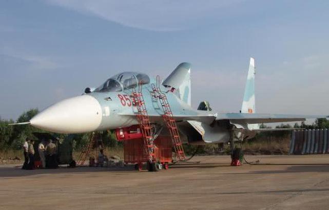 越南空军装备的苏30战机