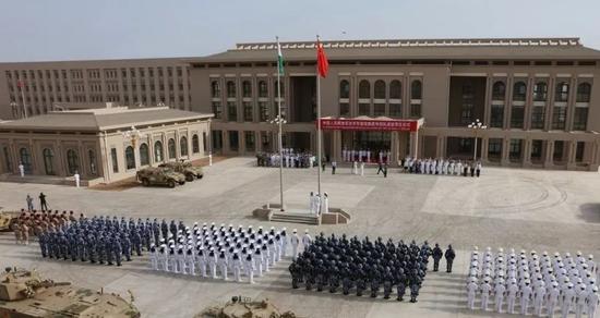 中国驻吉布提基地司令首次受邀出