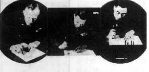 张治中(中)与周恩来(右)、马歇尔(左)签字。