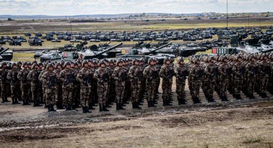 """气势磅礴的""""东方-2018"""" 图源:俄罗斯联邦国防部"""
