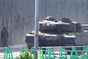 日本陆自演习中的坦克部队:74、90、10式坦克亮相