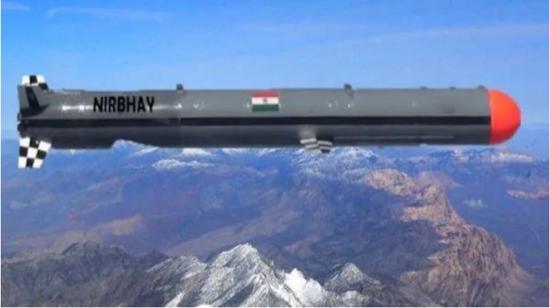 """外媒:印度成功试射""""无畏""""高超音速战术导弹"""