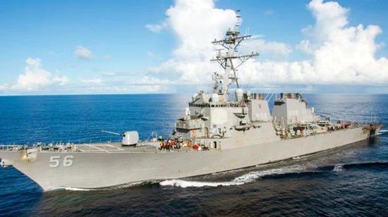 南部战区回应美舰闯西沙领海:组织海空兵力警告驱离