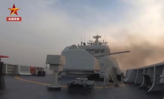 美媒:美高官访问日韩之际 解放军三大海域密集演练