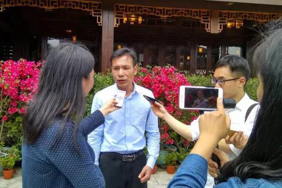 漳州旅投集團副總經理楊志濱接受媒體采訪