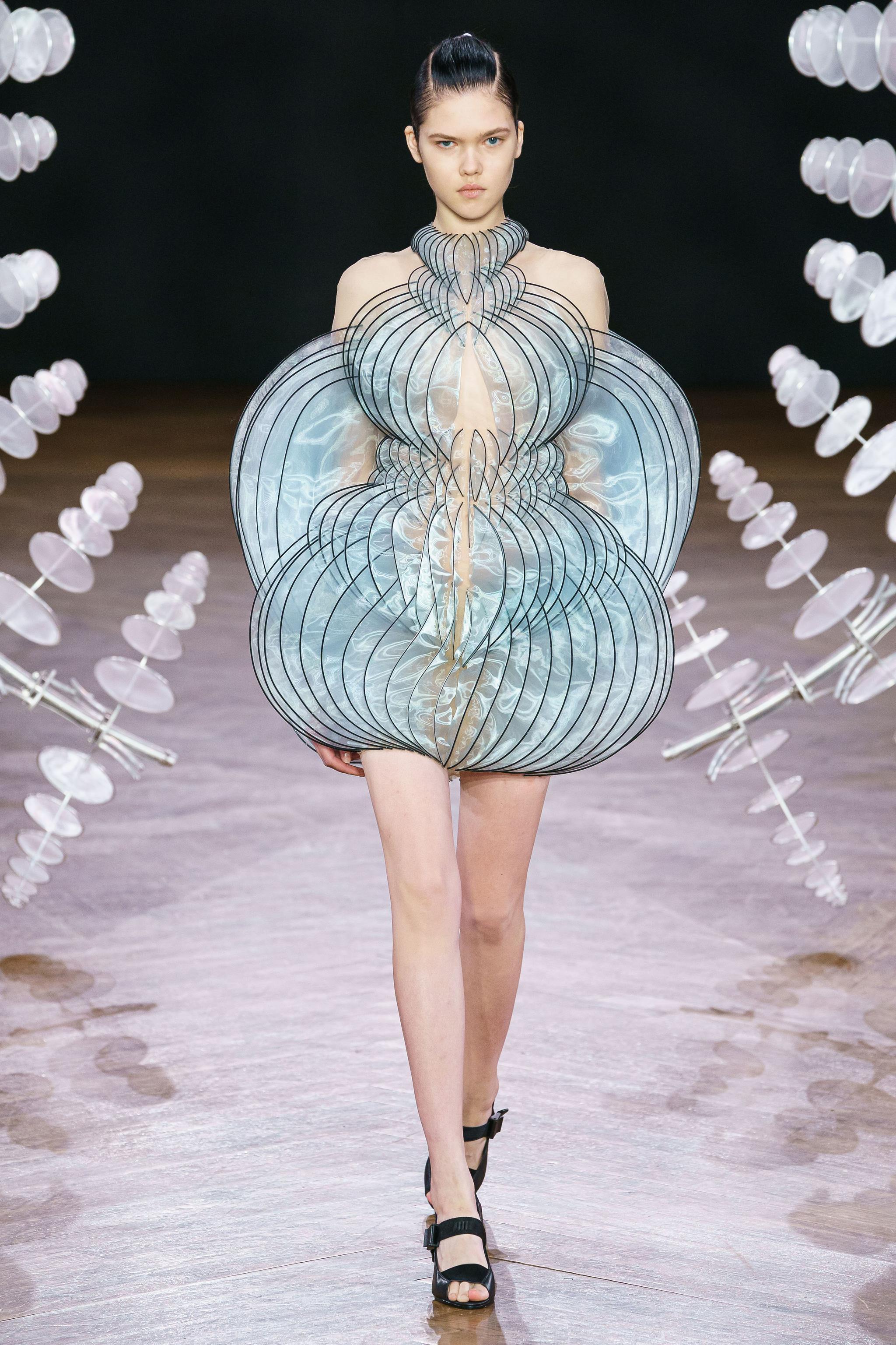 3D打印的裙子到底有多美 科技遇到时尚惊喜不断