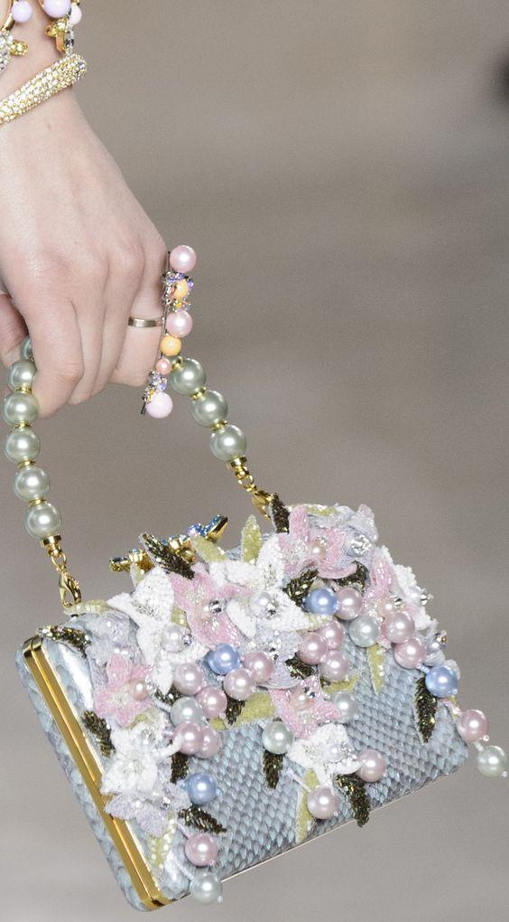 Georges Hobeika珍珠包包