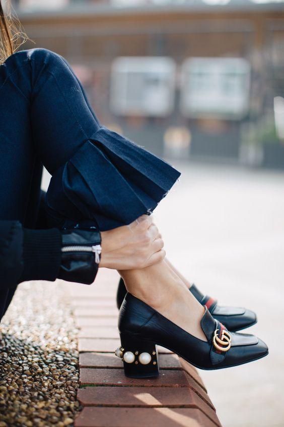 Gucci乐福鞋中加入了珍珠的设计