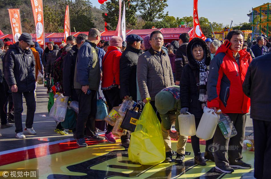 当街殴打 导朝鲜人民对抗赛图大利已启用大卖场