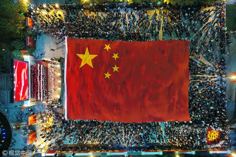 外國專家:中國抗擊疫情的努力前所未有 戰疫之路前景樂觀
