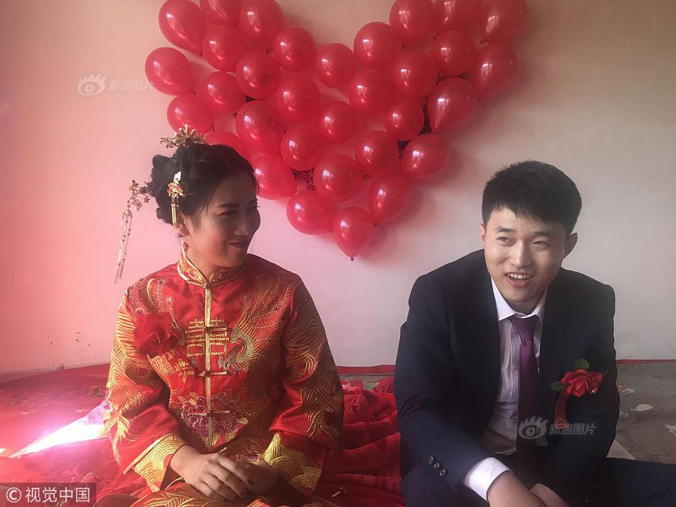 名英国人在们被善待华民在中国死案件360为新冠病