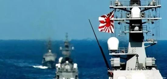 △悬挂朝阳旗的日方军舰