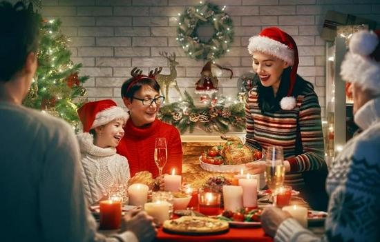曾经过圣诞节还是一种时尚,而不是争议行为。/图虫创意