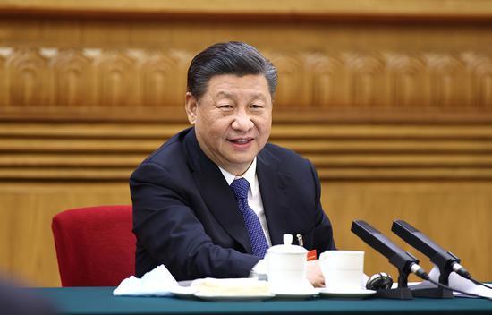 △2021年3月5日,习近平总书记参加十三届全国人大四次会议内蒙古代表团的审议。