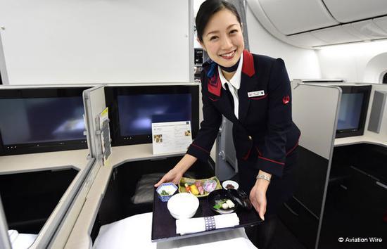 日航空姐原料图片(日本Aviation Wire网站)