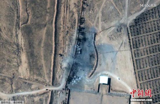 资料图:当地时间2月26日,由Maxar披露的卫星图片中显示了叙利亚与伊拉克边境处受空袭设施的前后对比场景。图为受空袭后的场景。