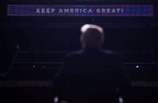 ▲8月15日,新罕布什尔州曼彻斯特,特朗普在竞选集会上。