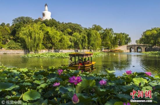 中国气象局:国庆假期全国大部天气晴好 适宜外出