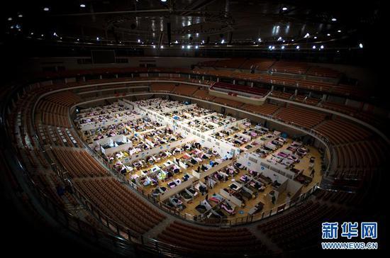 这是武汉体育中心方舱医院(2月17日摄)。 新华社记者 肖艺九 摄