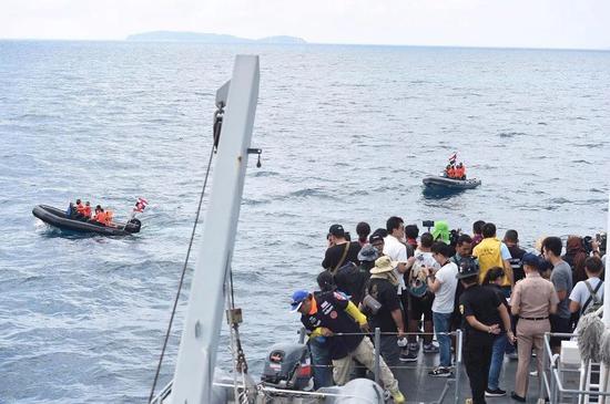 普吉沉船:幸存者质问为啥船长和船员都成功逃脱了