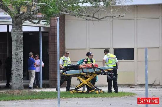 据《华盛顿邮报》报道,2018 年美国校园枪击案数量和伤亡人数均创下近 20 年最 高纪录。资料图片
