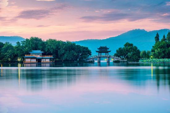 """明天是""""杭州西湖日"""" 西湖西溪景区这些景点免门票"""