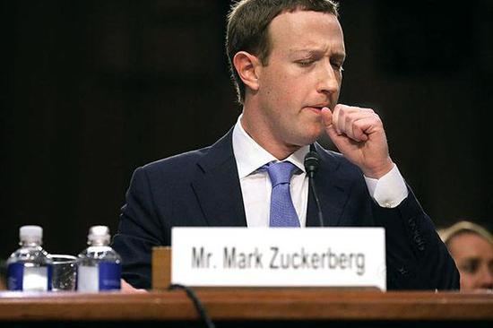 首席执行官_facebook创始人兼首席执行官马克·扎克伯格