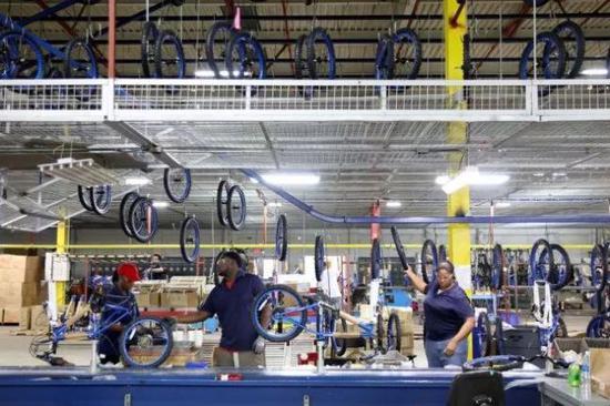 肯特的自行车工厂(图源:参考消息)