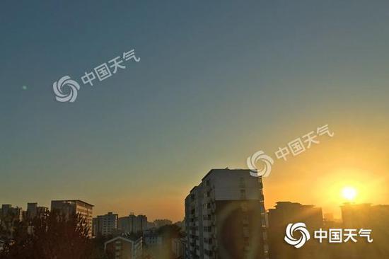 今晨,北京阳光优裕。