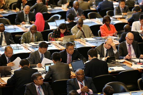 5月8日,张向晨大使在WTO总理事会发言呼吁联手抵抗维护主义。(图片源自商务部网站)