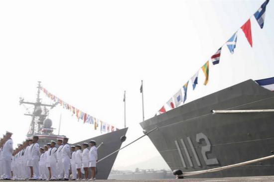 """美参院19日始末""""亚洲再保证倡议法案"""",鼓吹美国总统答按期办理对台军售。图为台军向美国采购的2艘军舰。(图:""""中间社"""")"""