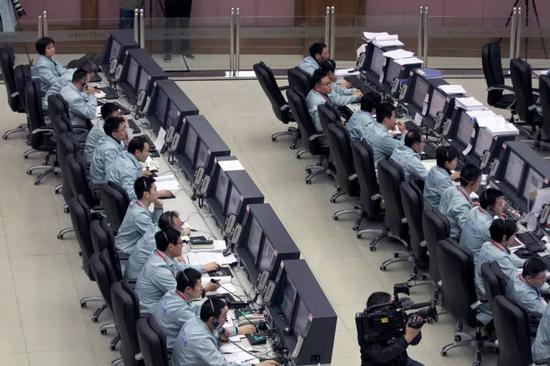 测控中心现场(葛立鑫摄)