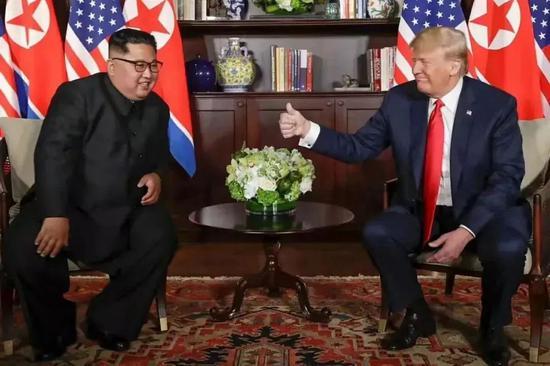 美国总统特朗普与朝鲜最高领导人金正恩会晤