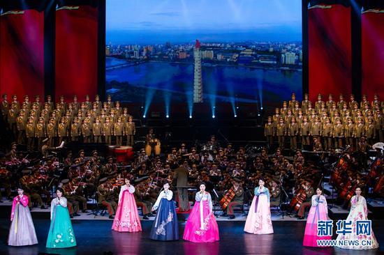 1月26日晚,朝鲜友好艺术团首场访问演出在北京国家大剧院歌剧院举行。 新华社记者 刘彬 摄