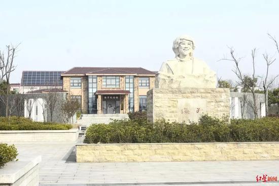 海子纪念馆