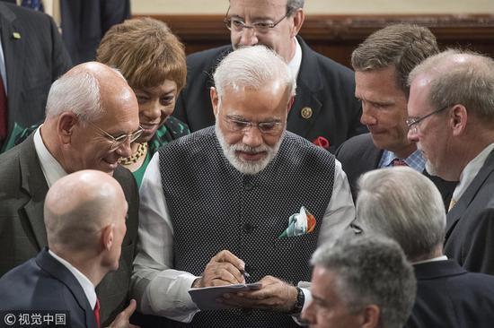 目前,莫迪所在的印度人民党还是大选的热门 图自视觉中国