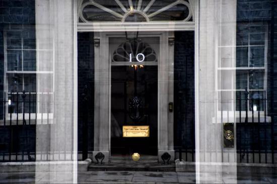 位于英国伦敦的唐宁街10号首相府。新华社发(阿尔贝托·佩扎利摄)