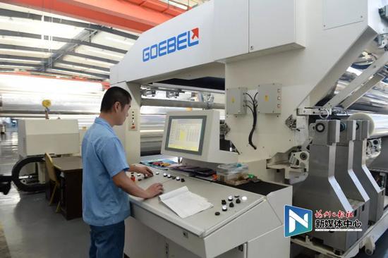 位于福州江阴港的中国软包装集团已成为全球最大的BOPP制造商。叶义斌/摄