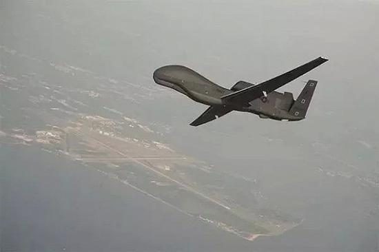 """【蜗牛棋牌】美军""""全球鹰""""是怎么被打的?伊朗可能用了这招"""