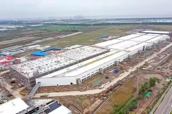 建设中的特斯拉超级工厂