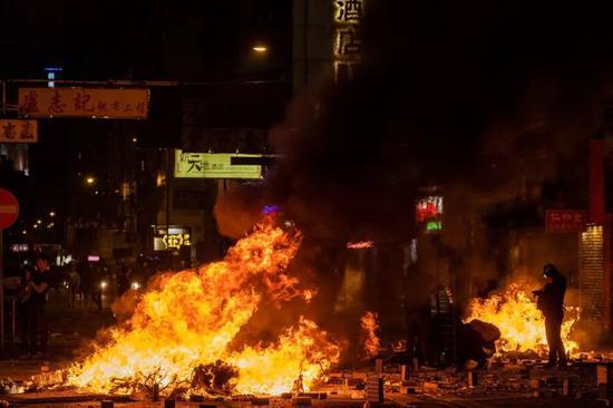 俠客島:這下 連西方媒體都開始譴責香港暴徒了|暴力