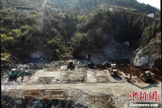 12月5日,爆炸发生地已被填平。图:中国新闻网