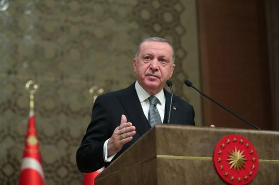 1月2日,土耳其总统埃尔多安在首都安卡拉发表讲话。新华社/路透