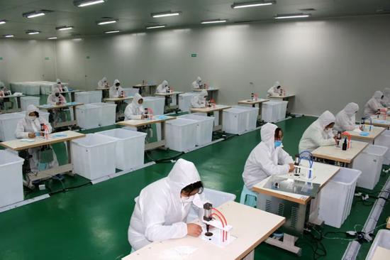 苹果42家中国零售店29家已开业 营业时间缩至8小时